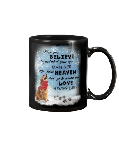 Golden retriever love never dies mug