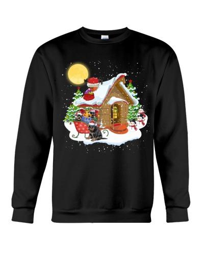 Rottweiler christmas house