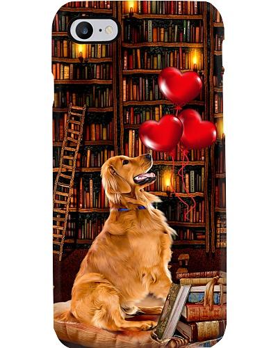 Golden retriever in library love heart phone case