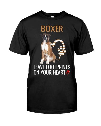 Boxer leave footprints