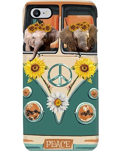 Elephant love in peace