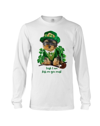 Yorkshire terrier kiss me you must