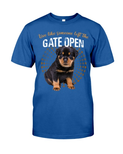 Rottweiler puppy left the gate open