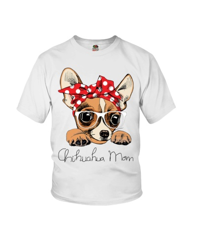 Chihuahua mom trending