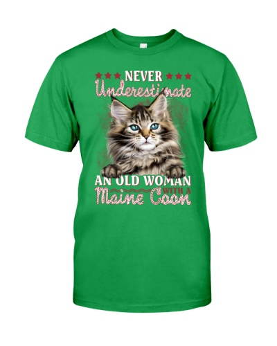 Maine coon never underestimate old woman