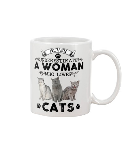 Never Underestimate A Woman Who Love Cat