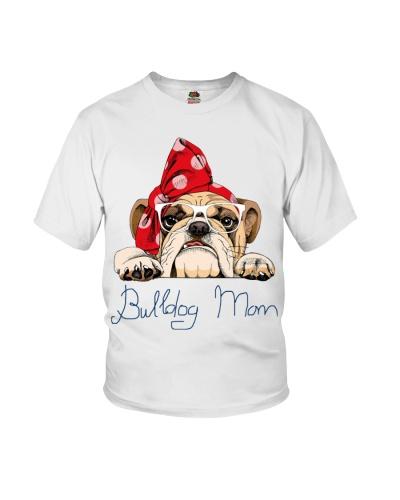 Bulldog mom trending