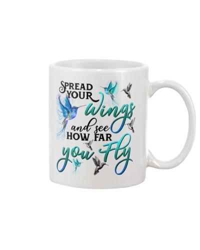 Hummingbird fly mug