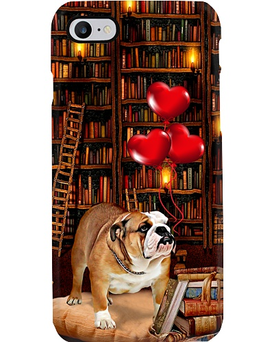 Bulldog in library love heart phone case