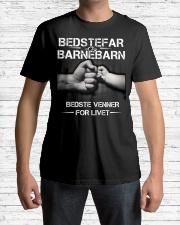 BEDSTEFAR OG BARNEBARN Classic T-Shirt lifestyle-mens-crewneck-front-1