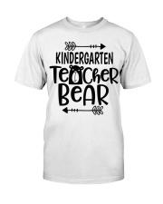 KINDERGARTEN TEACHER BEAR Classic T-Shirt thumbnail