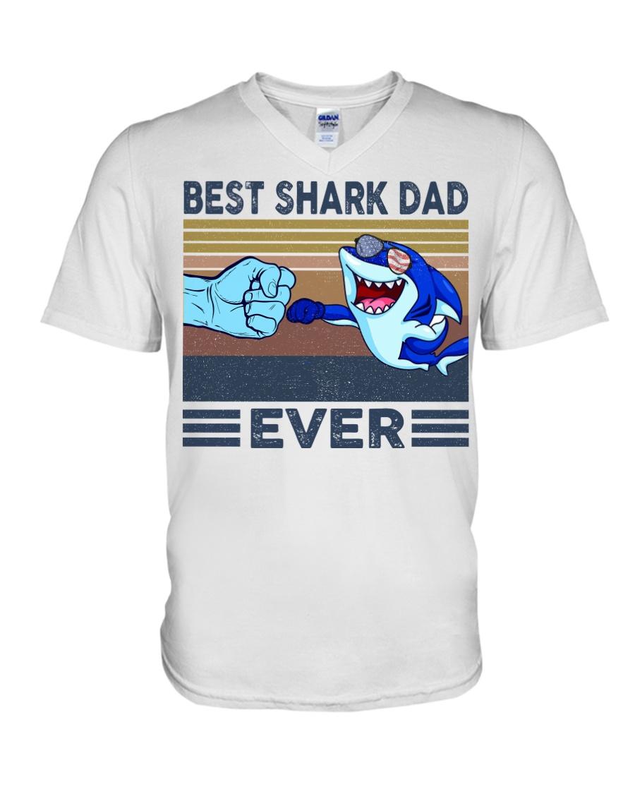 SHARK VINGATE STYLE TSHIRT V-Neck T-Shirt
