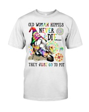 Old woman Classic T-Shirt front