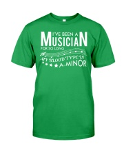 FUNNY DESIGN FOR MUSICIANS Classic T-Shirt front