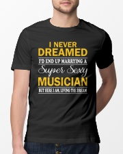 TSHIRT FOR MUSICIAN - MUSIC TEACHER - ORCHESTRA Classic T-Shirt lifestyle-mens-crewneck-front-13