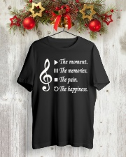 TSHIRT FOR MUSICIAN - MUSIC TEACHER - ORCHESTRA Classic T-Shirt lifestyle-holiday-crewneck-front-2