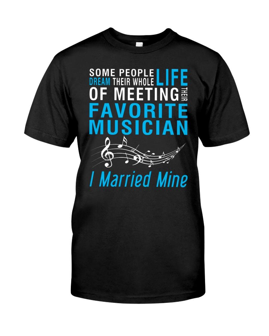Meeting Favorite Musician married Wife Husband Classic T-Shirt