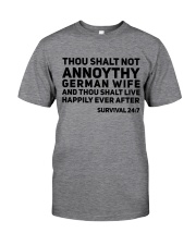 GERMAN WIFE Classic T-Shirt front