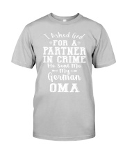 OMA FUNNY PARTNER IN CRIME Classic T-Shirt thumbnail