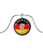GERMANY STORY Metallic Circle Necklace thumbnail