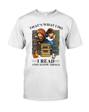 I read and i know things Classic T-Shirt thumbnail