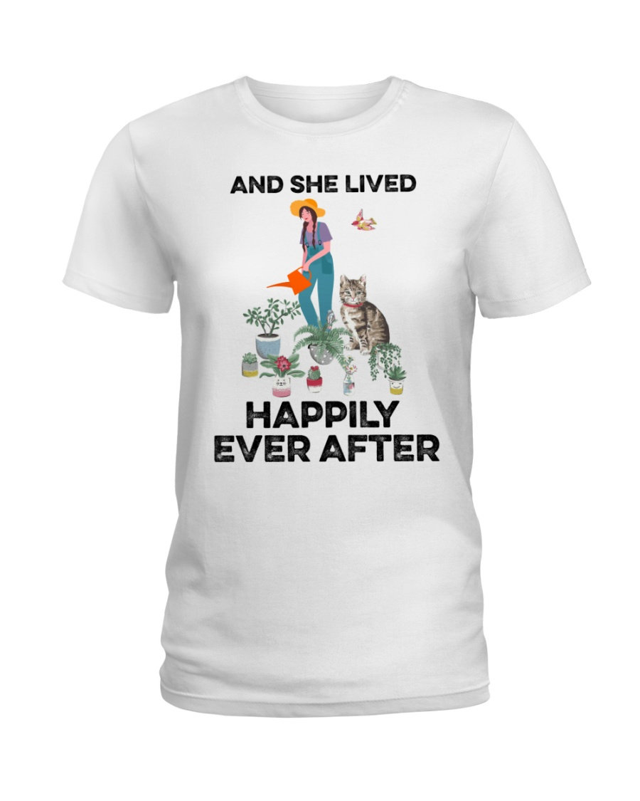 And she lived happily ever after Ladies T-Shirt