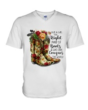 She can conquer the world V-Neck T-Shirt thumbnail