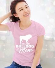 ENGLISH BULLDOG MOM SHIRT Ladies T-Shirt lifestyle-holiday-womenscrewneck-front-1