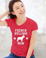 FRENCH BULLDOG MOM SHIRT Ladies T-Shirt lifestyle-holiday-womenscrewneck-front-1