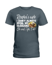 ROOFER WIFE Ladies T-Shirt tile