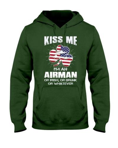 Airman Kiss