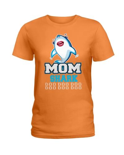 Mom Shark doo doo doo doo doo doo