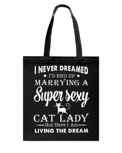 MARRYING A SUPER SEXY CAT LADY